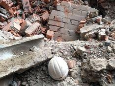 На набережной Карповки обрушилось здание
