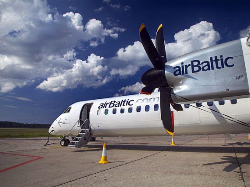 Самолет, летевший из Риги в Хельсинки, вернулся в аэропорт вылета из-з