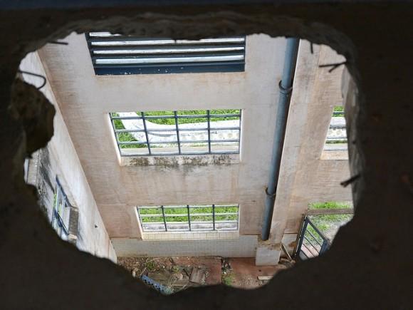 Перекрытия между этажами обрушились вонкодиспансере Нижнего Тагила