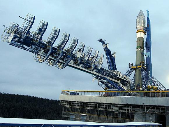 Подготовка к старту космического корабля с космодрома Плесецк