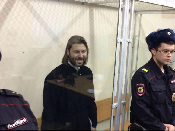 Суд продлил срок ареста Грозовского