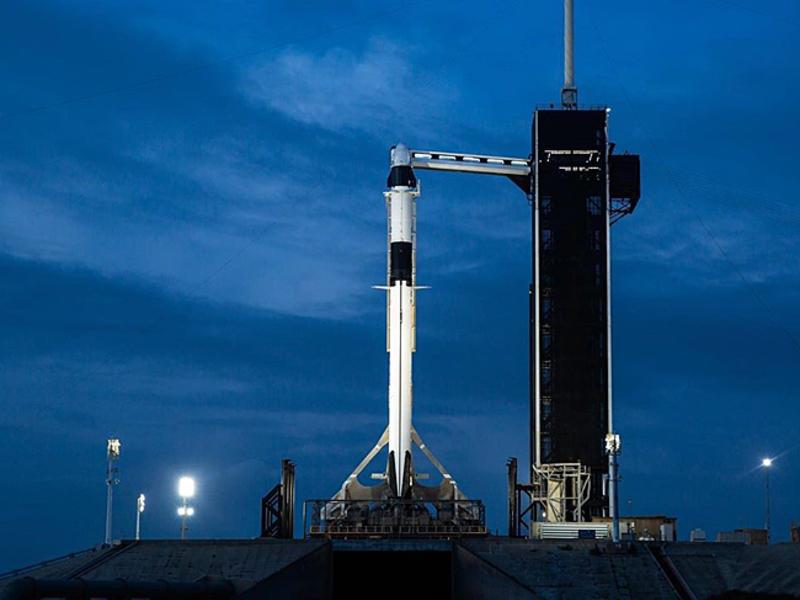 SpaceX провела первый в истории запуск пилотируемого корабля в космос (видео) - Росбалт