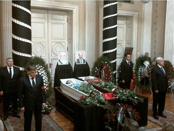 Погибшего вДТП под Петербургом вице-спикера заксобрания похоронят 17августа