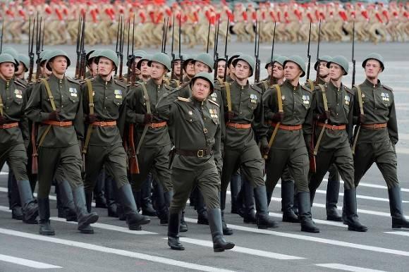 Аксенов снял коронавирусные ограничения в Крыму ради Дня Победы