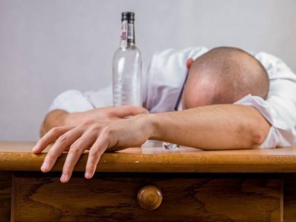 В Москве возбудили уголовное дело после гибели мужчины от отравления алкоголем