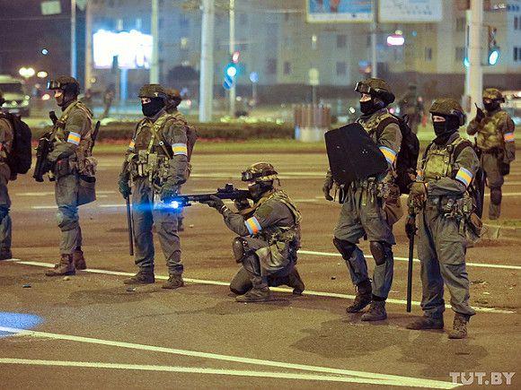Доклад: Насилие в Белоруссии оказалось страшнее, чем в Германии после  прихода Гитлера - Росбалт