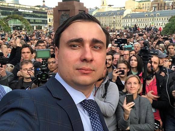 https://img.rosbalt.ru/photobank/0/4/f/2/qWxMDZJt-580.jpg