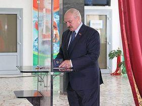 Куда улетит Лукашенко— в Москву, Пекин или в Гаагу?