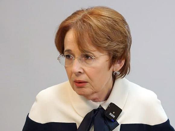 Депутат Дмитриева выступила против закона о перераспределении бюджетных средств