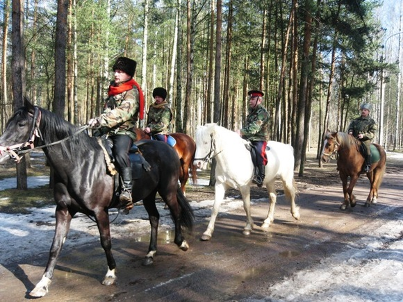 Петербургские казаки готовы контролировать масочный режим в городе за бюджетные деньги