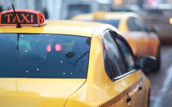 Таксистов в Подмосковье стали отстранять из-за коронавируса