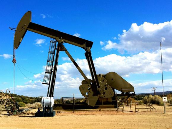 Цены на нефть растут, Brent закрепилась выше $63 за баррель