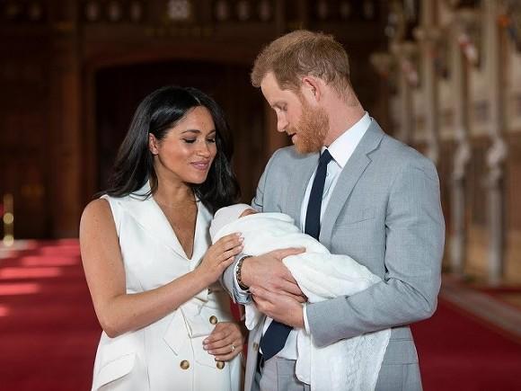 В Британии отреагировали на «разоблачающее» интервью принца Гарри и Меган Маркл о королевской семье