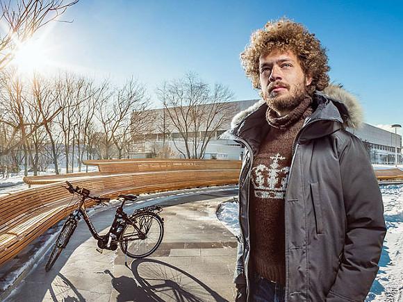 В Москве задержан блогер Илья Варламов, заполнены уже два автозака