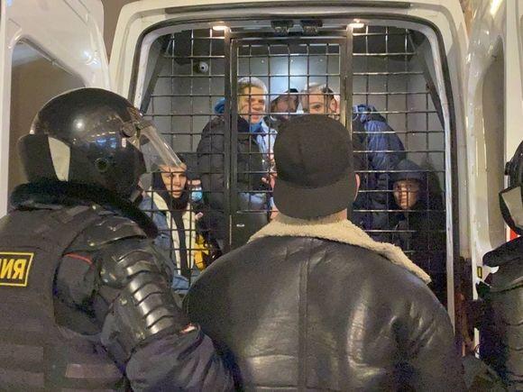 В Госдуме предложили смягчить наказание за нарушения на митингах