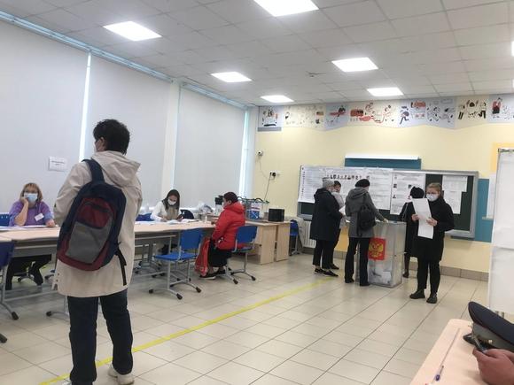 В Петербурге явка на выборах достигла 23%