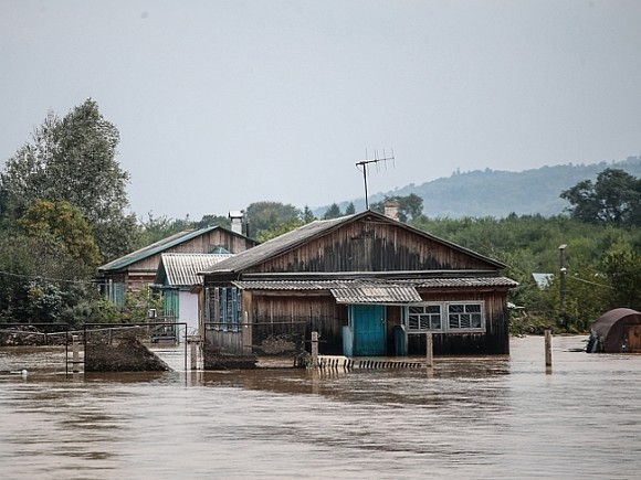 В Забайкалье циклон разрушил мосты и подтопил дома