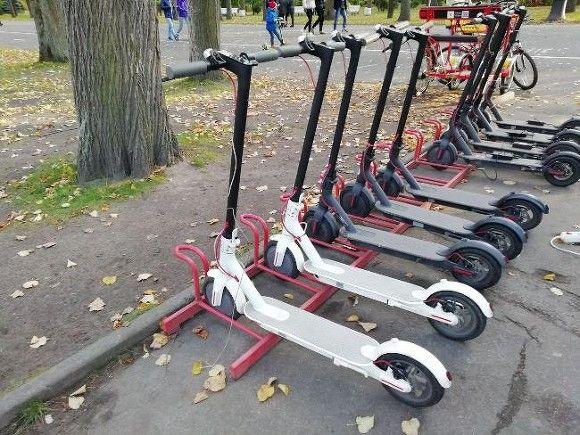 В Петербурге могут ограничить скорость движения самокатов