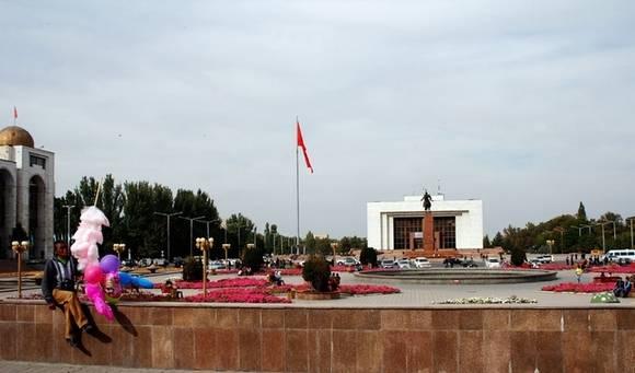 Стала известна дата досрочных выборов президента Киргизии