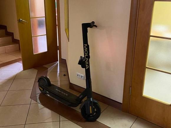 В петербургских сервисах аренды самокатов проходят обыски (фото)