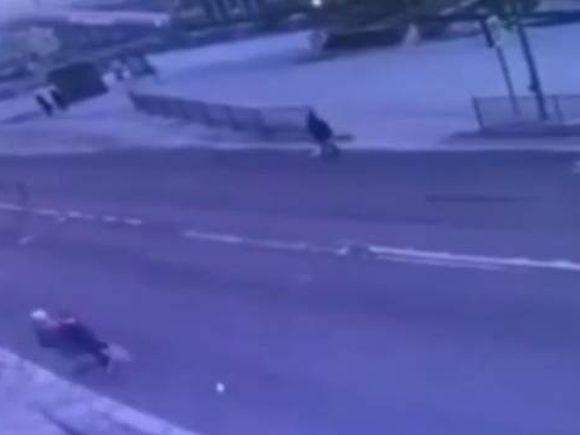 Водитель Lexus насмерть сбил парня и девушку в Улан-Удэ (видео)