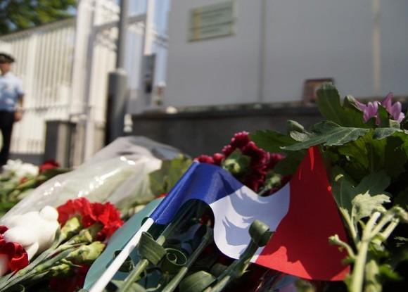 СМИ: Террорист из Ниццы перед атакой связался с семьей в Тунисе