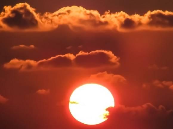 В РАН предупредили о вспышках на Солнце и магнитной буре