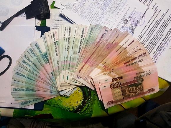 Только 9% россиян довольны уровнем зарплаты