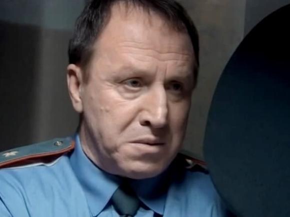 Актера Владимира Стеклова госпитализировали с 50% поражением легких