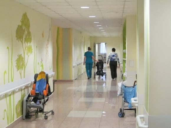 «Открытки, которые помогают»: петербуржцев просят поддержать тяжелобольных детей