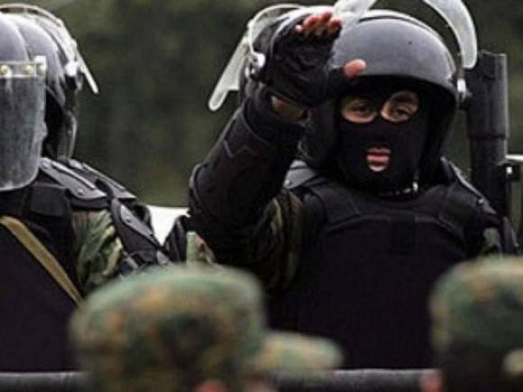 В Грузии штурмом взят офис главы партии Саакашвили — он арестован (видео)