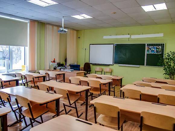В Петербурге насчитали более 300 заболевших коронавирусом учителей