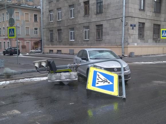 В Петербурге будет сыро и ветрено