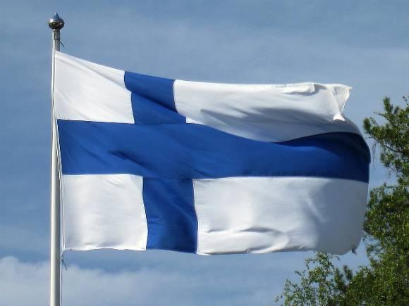 ВВС Финляндии «тихонько» убрали свастику со своих эмблем после 100 лет использования