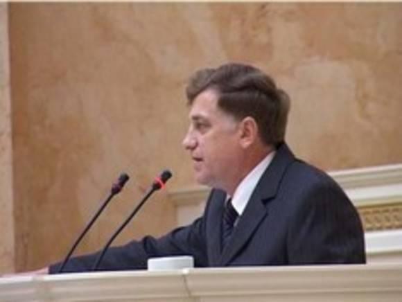 Новое слово от спикера петербургского парламента: Макаров потребовал прекратить «кобрятники» в муниципалитетах