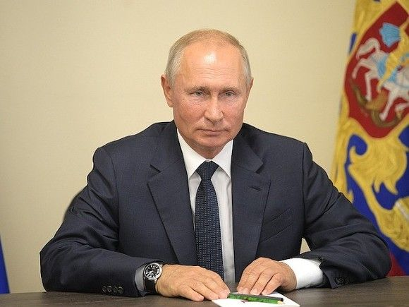 Путин поручил выделить регионам 10млрд рублей на борьбу с COVID-19