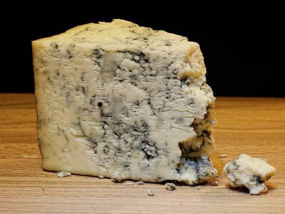 Сыр оказался опасен для гипертоников