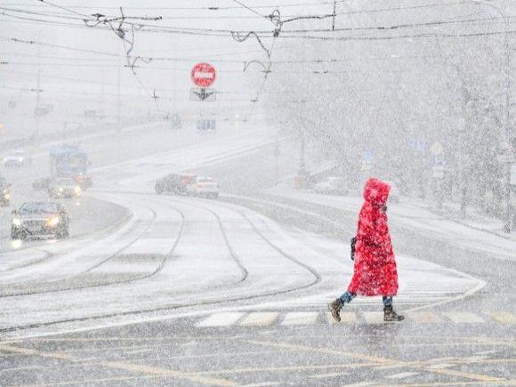 Москвичей призвали к бдительности на дорогах из-за предстоящего снегопада