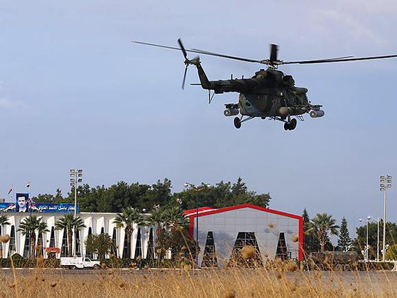 СМИ сообщили о крушении российского военного вертолета в Сирии