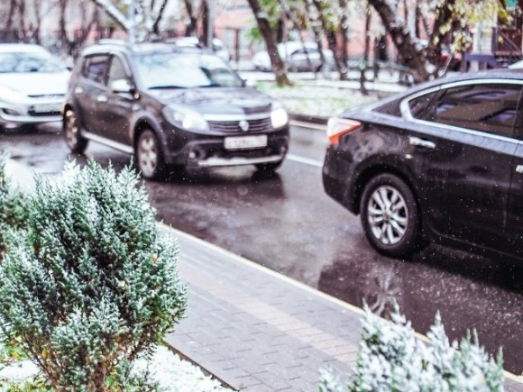 В Москве водителей призвали к осторожности из-за гололедицы