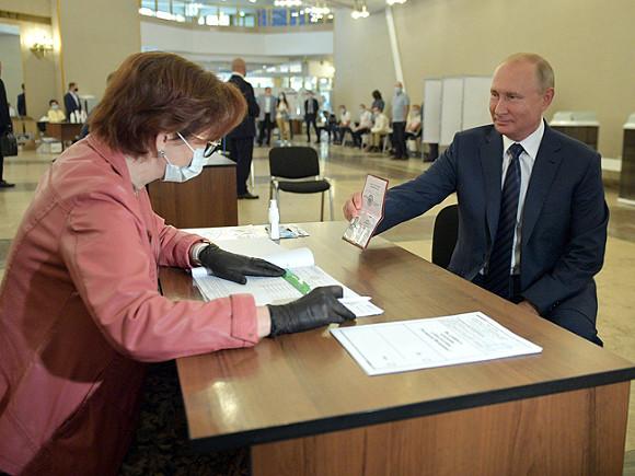 Песков отказался уточнить, как Путин будет голосовать на выборах в Госдуму