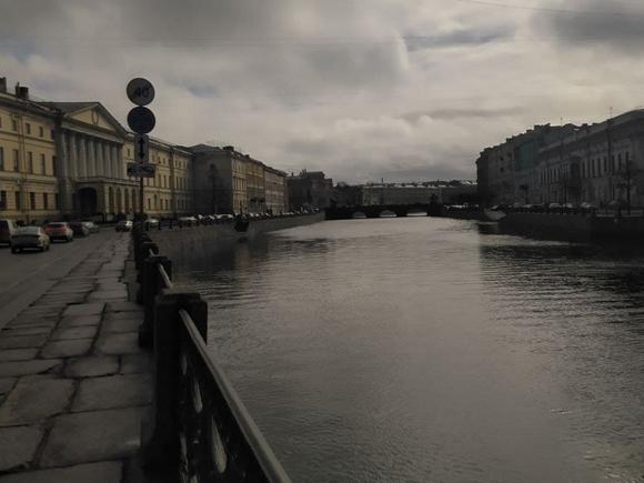 В Петербурге плюс двадцать четыре, возможен дождь
