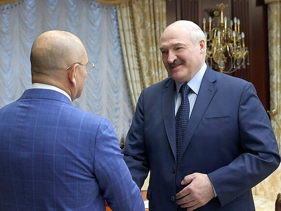 Депутат от партии Зеленского заявил, что треть украинцев хотели бы видеть своим президентом Лукашенко