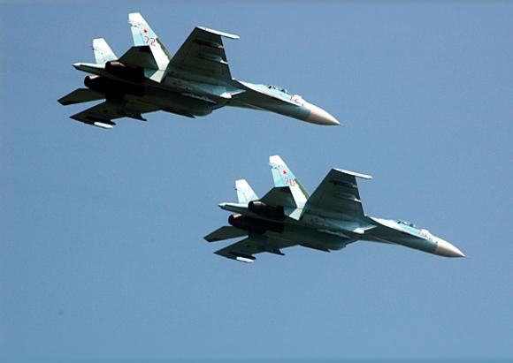 Российский истребитель сопроводил самолет-разведчик США над Черным морем