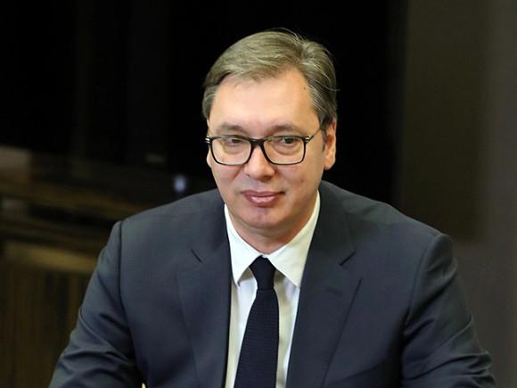 Президент Сербии решил привиться от коронавируса китайской вакциной
