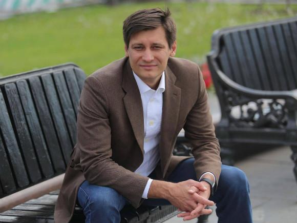 Дмитрий Гудков: эмиграция и оппозиция, выборы в Госдуму, Навальный в тюрьме, Путин и Байден /О!Пять!Росбалт.  56