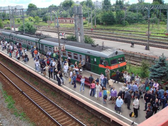 Депутат Иванова: Смольный не подготовил общественный транспорт к летнему потоку