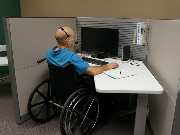 В Петербурге выросло количество вакансий для людей с инвалидностью