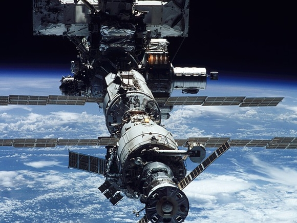МКС будет летать до 2030 года или чуть дольше