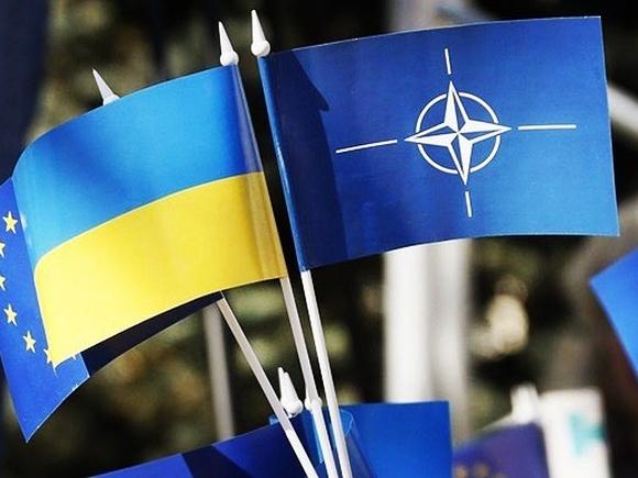 Зеленский утвердил внешнеполитическую стратегию Украины с противодействием РФ и курсом в НАТО
